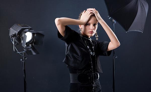 Девушка модель на съемки работа интегративная девушка модель работы с семьей кристенсен