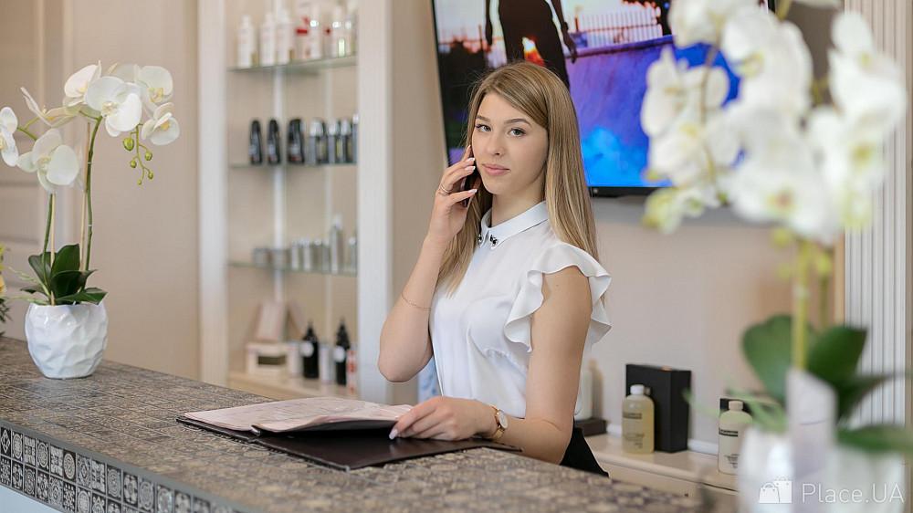 Требуется работа для девушек фото девушки в работе