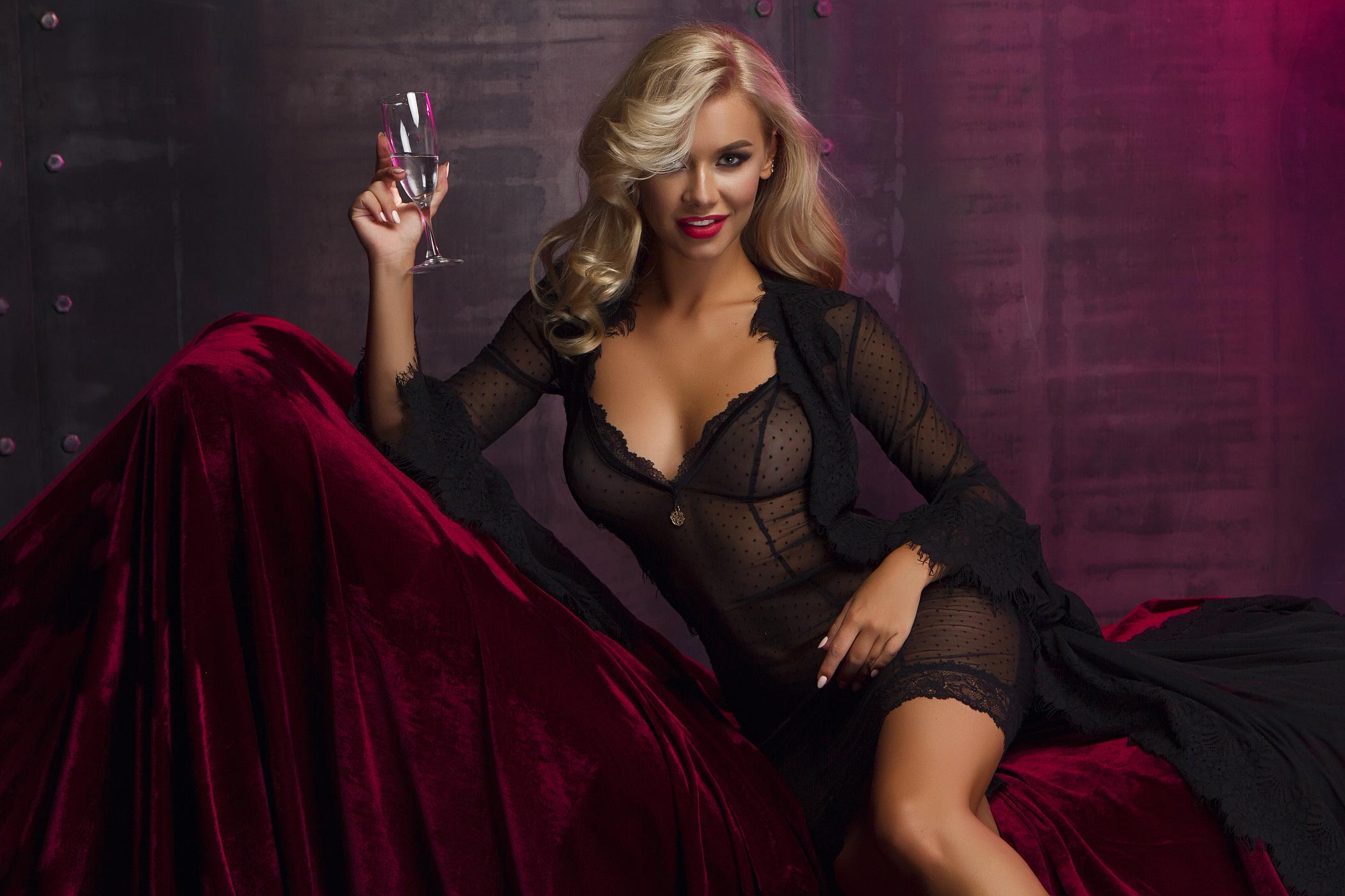Работы в москве вакансии для девушек заработать моделью онлайн в губаха